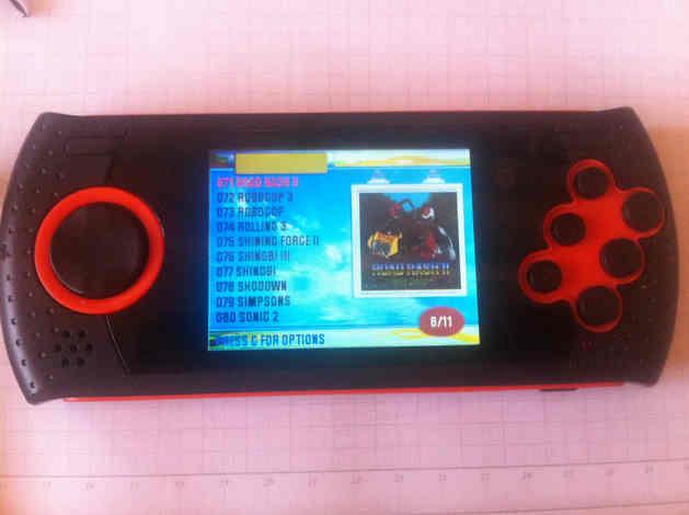 Mega drive portatil, ligado com a lista de jogos (foto: mobile bit)
