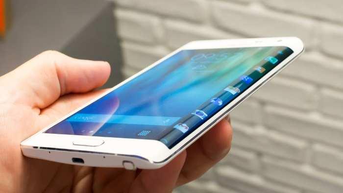A Samsung liberou a atualização de segurança de setembro ao Galaxy S6 Edge+. (Foto:Divulgação/The Droid Guy)