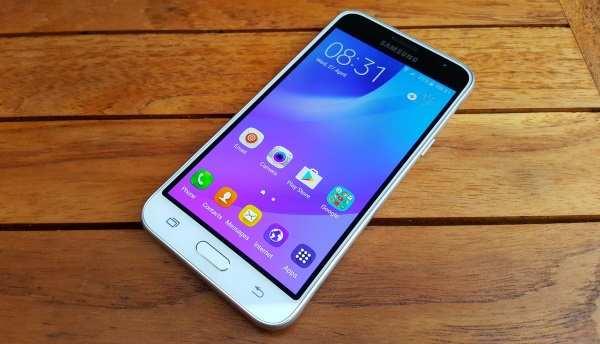 O novo Galaxy J3 (2017) pode vir à público em 28 de novembro. (Foto: Divulgação/Sam Mobile)