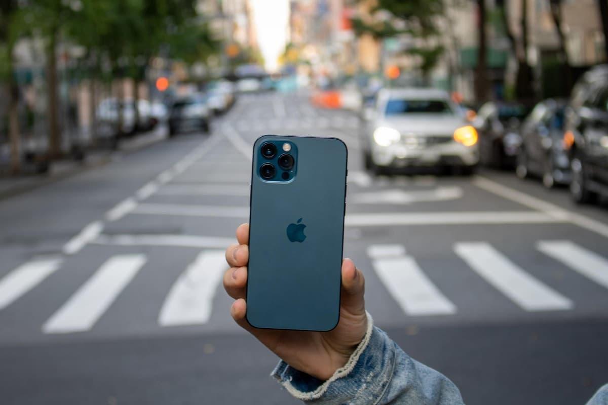 iPhone 12 Pro traseira.