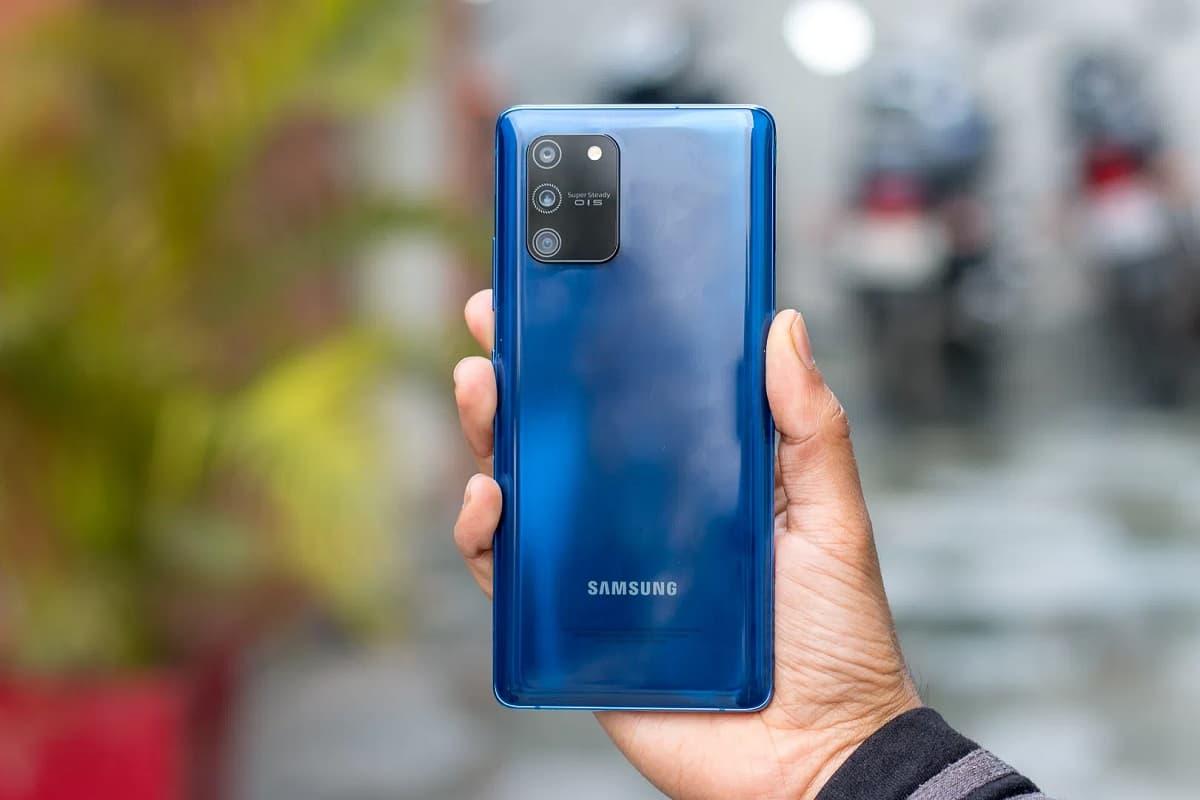 Samsung Galaxy S10 Lite azul