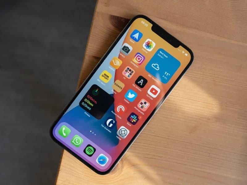 iPhone 12 Pro Max melhor tela