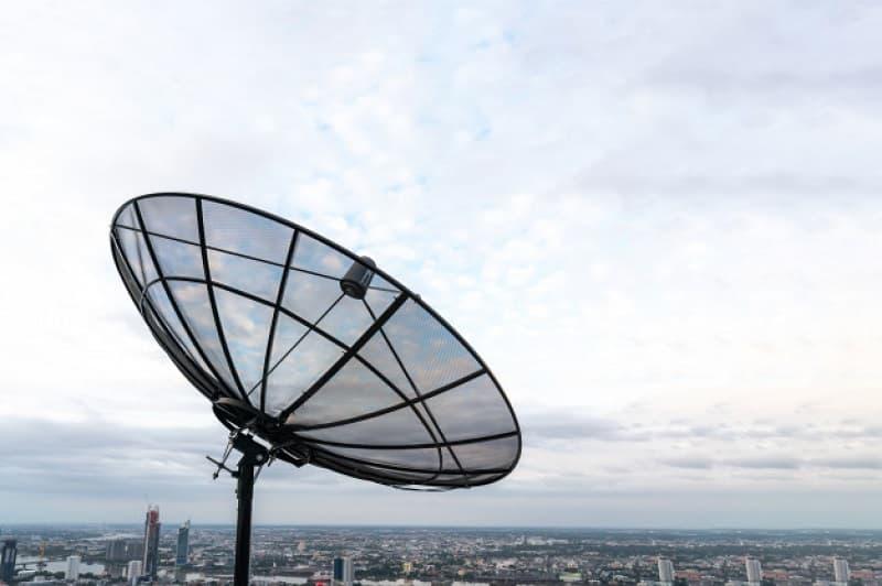 5G interferirá no sinal das antenas parabólicas.